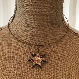 """Jewelry - NWOT 17""""Old Gold Finished Collar; 3 Tier Star Drop"""